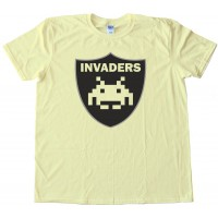 Invaders Raiders Retro Gaming Football - Tee Shirt
