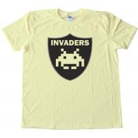 Invaders Raiders Retro Gaming Football - Tee Shirt