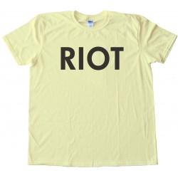 Riot - It'S Always Sunny In Philadelphia Tee Shirt