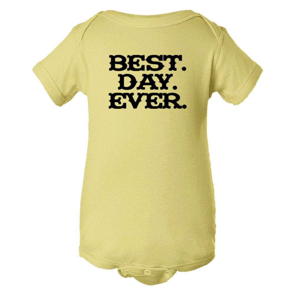 Baby Bodysuit Best. Day. Ever. Mad Magazine Font